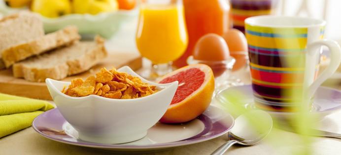 gezond-evenwichtig-ontbijt-maaltijd-692x315